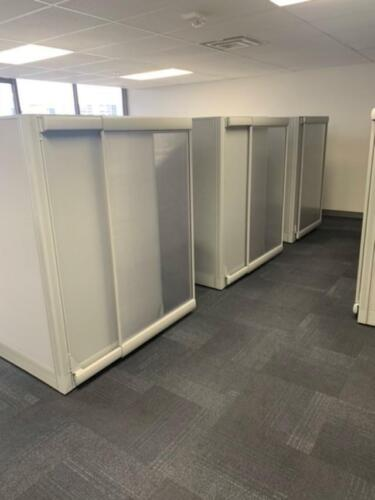 6x6 Evolve Office Workstation Cubes Cubicles with Sliding Doors