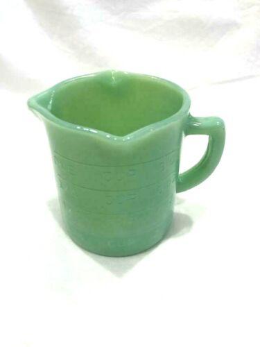 JADEITE 1 CUP MEASURING CUP 3 SPOUT