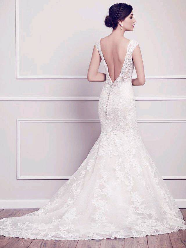 Stunning lace designer (Private Label by \'G\') wedding dress ...