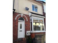 2 bedroom house in A nicely presented 2 bedroom house on Ivanhoe Street, Dudley,DY2 0YA