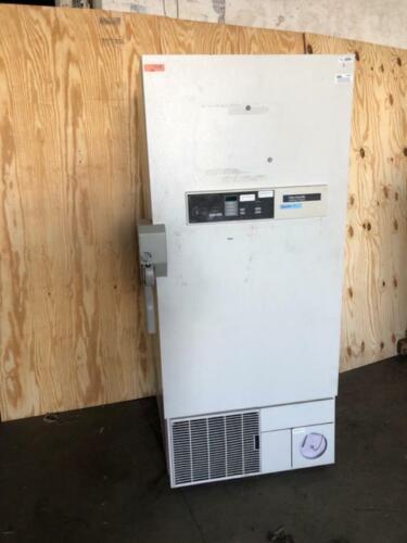 Kendro Laboratory Freezer Model I817UA36