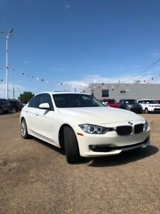 2013 BMW 3 Series 328i xDrive AWD 2.0L TURBO *NAVIGATION/SUNROOF