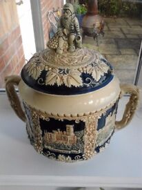 Vintage lidded tureen CHRISTMAS Gluhwein / mulled wine ..German castles decoration a lovely thing
