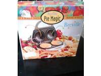 Pie maker £10 shown in picture