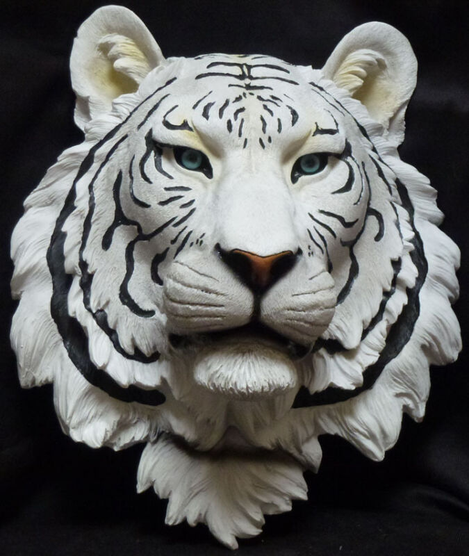 BLUE ICE White Tiger Wall statue figure L13.5
