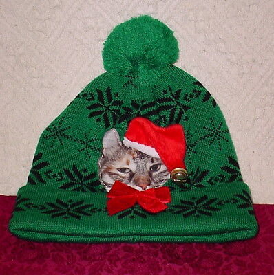 CAT WITH SANTA HAT AND BELL * RED BOW * GREEN SNOWFLAKE HAT * ONE SIZE  * NEW * - Cat With Santa Hat
