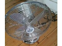 QUALITY CHROME HEAVY SILVER BULLET OSCILLATING RETRO VINTAGE STYLE DESK FAN
