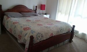 Queen size timber bed Coolamon Coolamon Area Preview