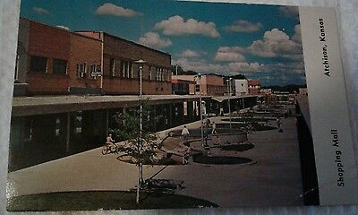 Vintage Postcard Shopping Mall Commercial street, Atchison, Kansas