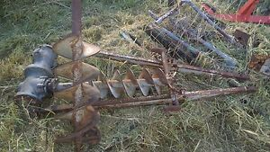 FERGIE TRACTOR TE20-POST HOLE DIGGER COMPLETE ASSEMBLY- 2 AUGERS Ipswich South Preview