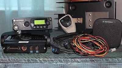 MOTOROLA PM1500 VHF 136-174MHz, 110W (AAM79KTD9PW5AN) Mobile Radio w/Acc.