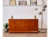 Vintage Mid Century Medium Teak Compact Low Rider Retro Sideboard Entertainment Unit 362