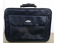 Beklink Briefcase Black Leather