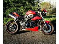 Triumph Speed Triple 1050 2011 / 2012 Red (May swap/px)