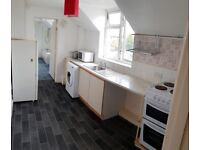 One Double Bedroom Flat - First Floor with Ground Floor Entrance - Kempston, Bedfordshire