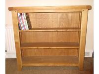 Oak Bookcase with 3 shelves. Hardly used!