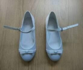 Girls white dress shoes size 12
