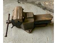 """Vintage Record No112 QUICK RELEASE HEAVY DUTY BENCH VICE 6"""" ENGINEERS / FITTERS."""