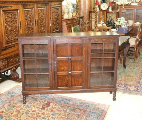 English Solid Oak Barley Twist Lancaster Bookcase / Display Cabinet