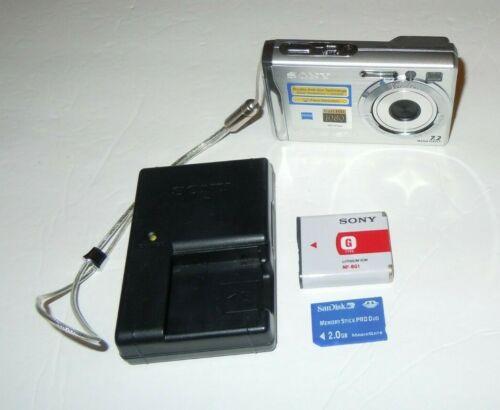 Sony Cybershot DSC-W80 camera bundle
