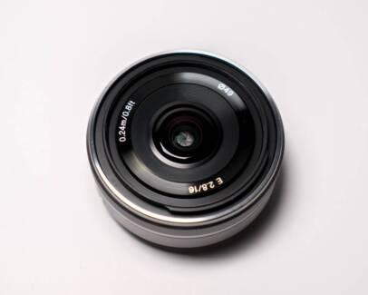 Sony E-Mount 16mm f2.8 Wide-Angle Lens