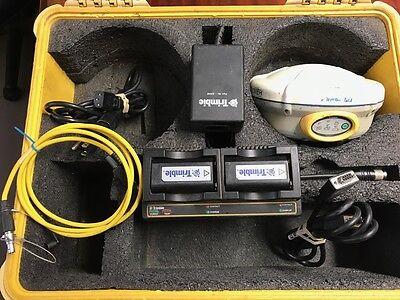 TRIMBLE R8 GNSS MODEL 2