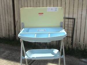 Lovely > Baby Bath with Stand and Drainage Hose < Lakemba Canterbury Area Preview