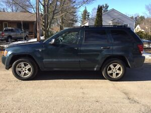 *reduced price Jeep Grand Cherokee Laredo 2005