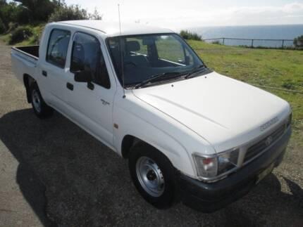 1999 Toyota Hilux DUAL CAB. TUB LINER. FEB 2016 REGO. AIR CON. Redhead Lake Macquarie Area Preview