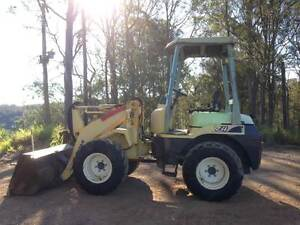 Yanmar V4-5 Loader Gympie Gympie Area Preview