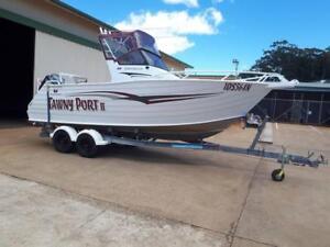 Trailcraft 610 Centrecab off-shore aluminium fishing boat&trailer