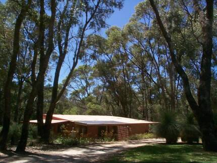 Neerabup - Charming 2x1 on Rural Property 10 Mins to Joondalup Neerabup Wanneroo Area Preview