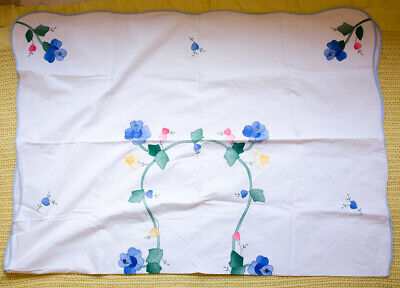 Vintage hand embroidery & applique tablecloth White flower designs 66 x 47 inch
