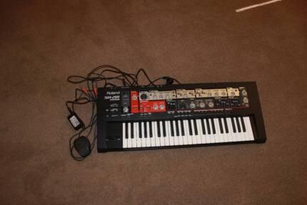 Roland SH-201 Synthesizer Gladstone Gladstone City Preview