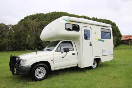 2000 Toyota Hilux Matilda Motorhome Automatic