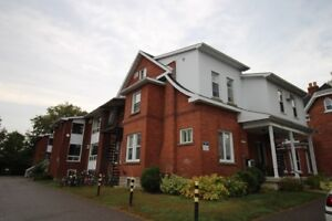 Great 2 Bedroom Apartment in Arnprior for Dec 1st!