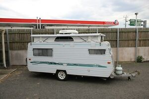2002 Empress Gem with RV roof air lifters and AC Tweed Heads South Tweed Heads Area Preview