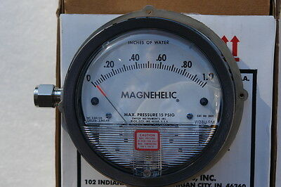 Dwyer Magnehelic Series 605 Differential Pressure Indicator