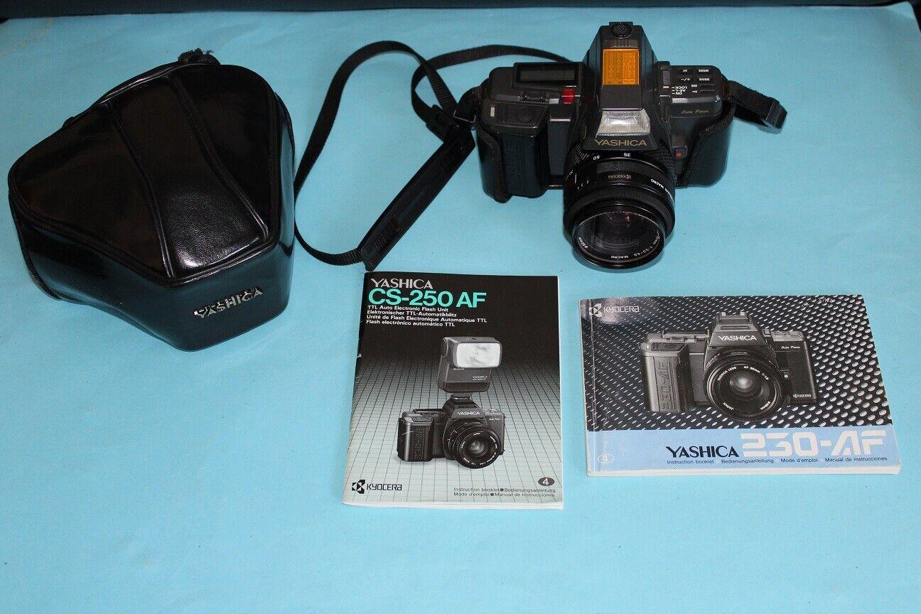 Yashica 250 AF Spiegelreflexkamera, 35-70 mm Macro, Kyocera