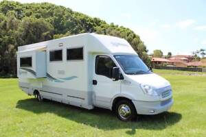 Paradise Integrity Slide Out  Island Bed  Immaculate Motorhome