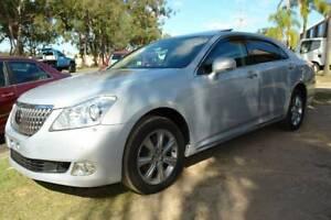 2011 URS206 TOYOTA CROWN MAJESTA G TYPE LUXURY SEDAN. 4.6L V8 ENGINE W Arundel Gold Coast City Preview