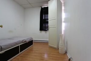 ★ ★ ★ FURNISHED Room 15 Min from DOWNTOWN ★ ★