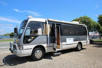 Toyota Coaster 4.2 Turbo Diesel Loaded with Extras Automatic
