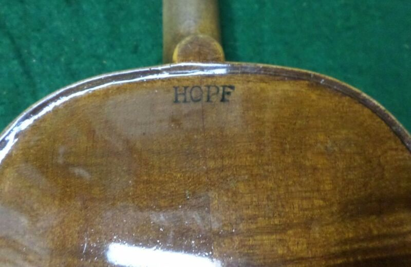 ANTIQUE VIOLIN --- HOPF