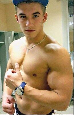 Shirtless Male Very Muscular Huge Dude Athletic Jock Beefcake PHOTO 4X6 C811