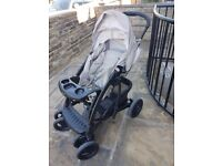Graco Quattro tour deluxe bear and friends pushchair set