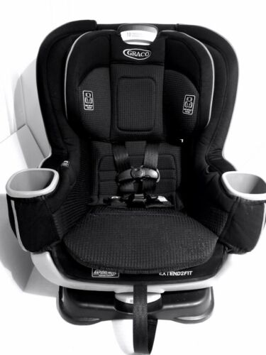 Graco Extend2Fit Convertible Car Seat | with Extend2Fit, Black