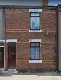 2/3 bedroom property to rent or buy (stones throw from sea)