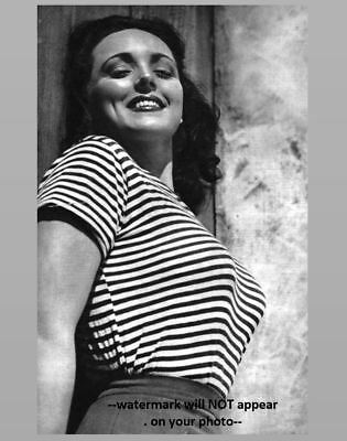 Sexy Pin-up Girl PHOTO WW2 Pinup Yank Magazine Girl Lina Romay 1945 US Army
