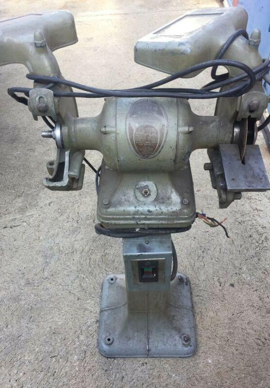 """DELTA GRINDER WITH STAND 6"""" WHEEL 1/2HP 230/460 VOLT"""